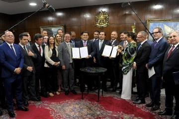 Veneziano, Daniella e Aguinaldo integram comissão mista da Reforma Tributária no Congresso Nacional