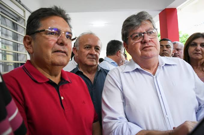images 8 - 'NÃO HÁ PROVAS': Adriano Galdino determina arquivamento do pedido de impeachment contra João Azevêdo