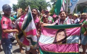 unidos do roger campea correto 300x185 - Escola de samba 'Unidos do Roger' é a nova campeã do Carnaval Tradição de João Pessoa