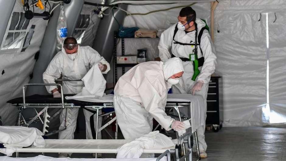 11137422651979714 - 5,5 MORTES REGISTRADAS: A campanha na Itália para que pacientes terminais com coronavírus possam dizer adeus a familiares