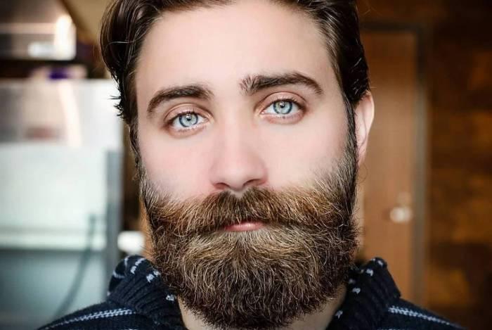 Pandemia: Médicos aconselham homens a tirar barba
