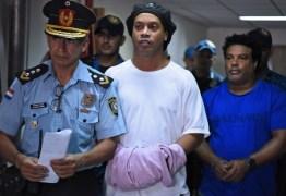Ronaldinho é investigado por associação ao crime organizado