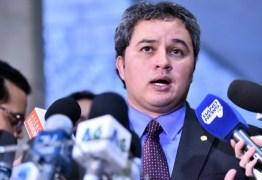 BASTIDORES: após conversa com Mandetta, Efraim Filho chama ministro de 'herói' e manifesta 'apoio total' a aliado