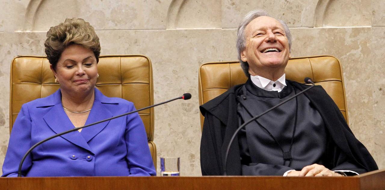 Dilma Rousseff e Ricardo Lewandowski - STF rejeita pedidos de Dilma para anular impeachment
