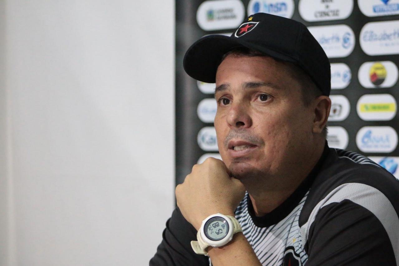 EVARISTO 1 - DEMITIDO: Evaristo Piza não é mais técnico do Botafogo-PB