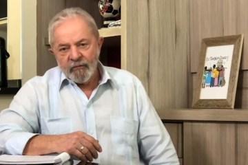 """Lula - Lula pede a renúncia de Bolsonaro e o chama de """"despreparado"""""""