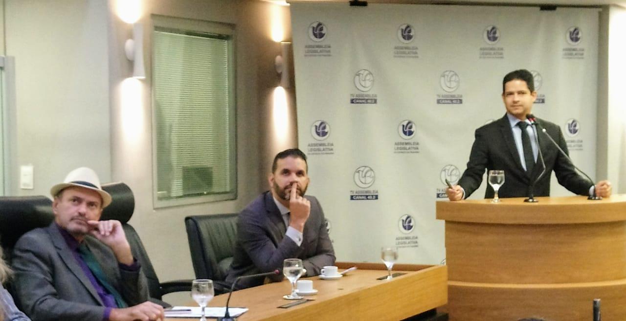 O debate contou com a participação do coordenador da APEX NE Sérgio Ferreira e o presidente da Cinep Rômulo Polari Filho - Jeová participa de sessão sobre exportações paraibanas e pede mais envolvimento de órgãos para o fomento da comercialização do mel