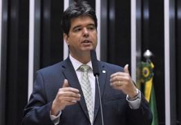Ruy Carneiro cobra plano de contingência do governo e prefeituras contra coronavírus