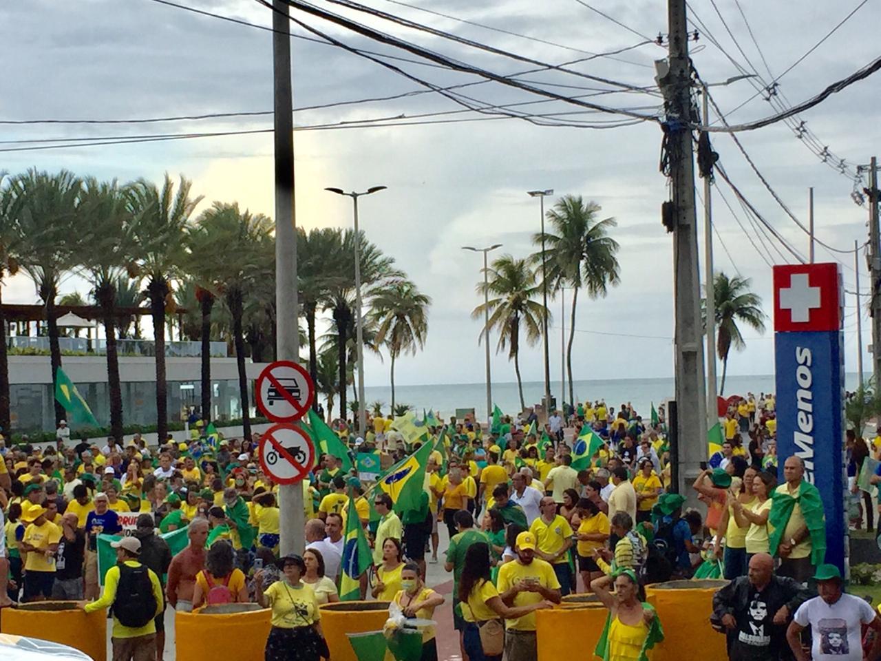 WhatsApp Image 2020 03 15 at 16.37.28 - '#DesculpaJairMasEuVou': apesar de coronavírus, apoiadores mantém atos pró-Bolsonaro na Paraíba e em outros estados; VEJA VÍDEO