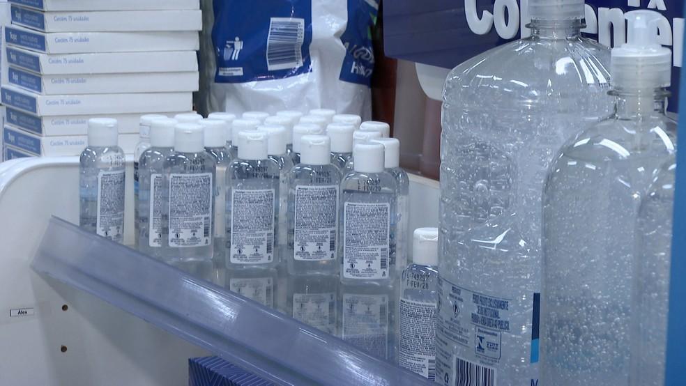 alcool gel 1 - CORONAVÍRUS: UFPB inicia campanha para receber itens e manter produção de álcool em gel