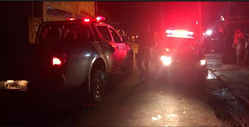 bbb1bded52bf2e701c1b4aa18372f8f4 2 - CRIME: Idosa é assassinada a tiros em frente de casa em João Pessoa