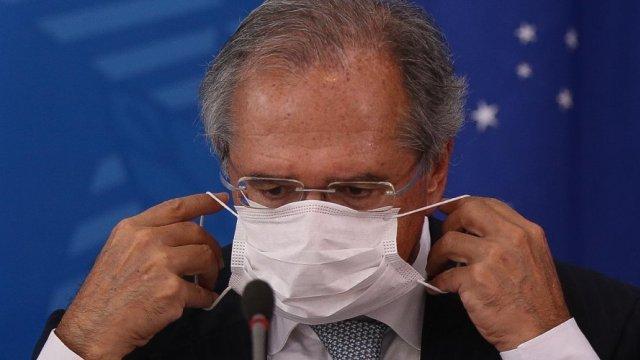 guedes - CONTRARIANDO O CAPITÃO: 'Como cidadão, quero ficar em casa e fazer o isolamento', afirma Paulo Guedes