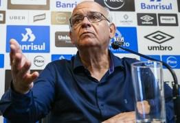 Presidente detalha plano de crise no Grêmio: 'Não sei sequer se o futebol termina esse ano'