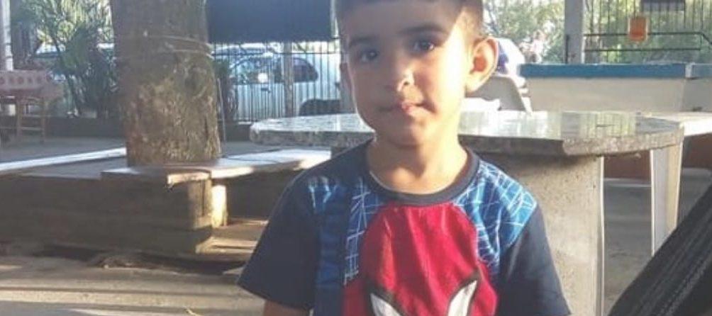 menino 2 e1584115331430 - Pai é suspeito de ter matado filho de 3 anos a facadas