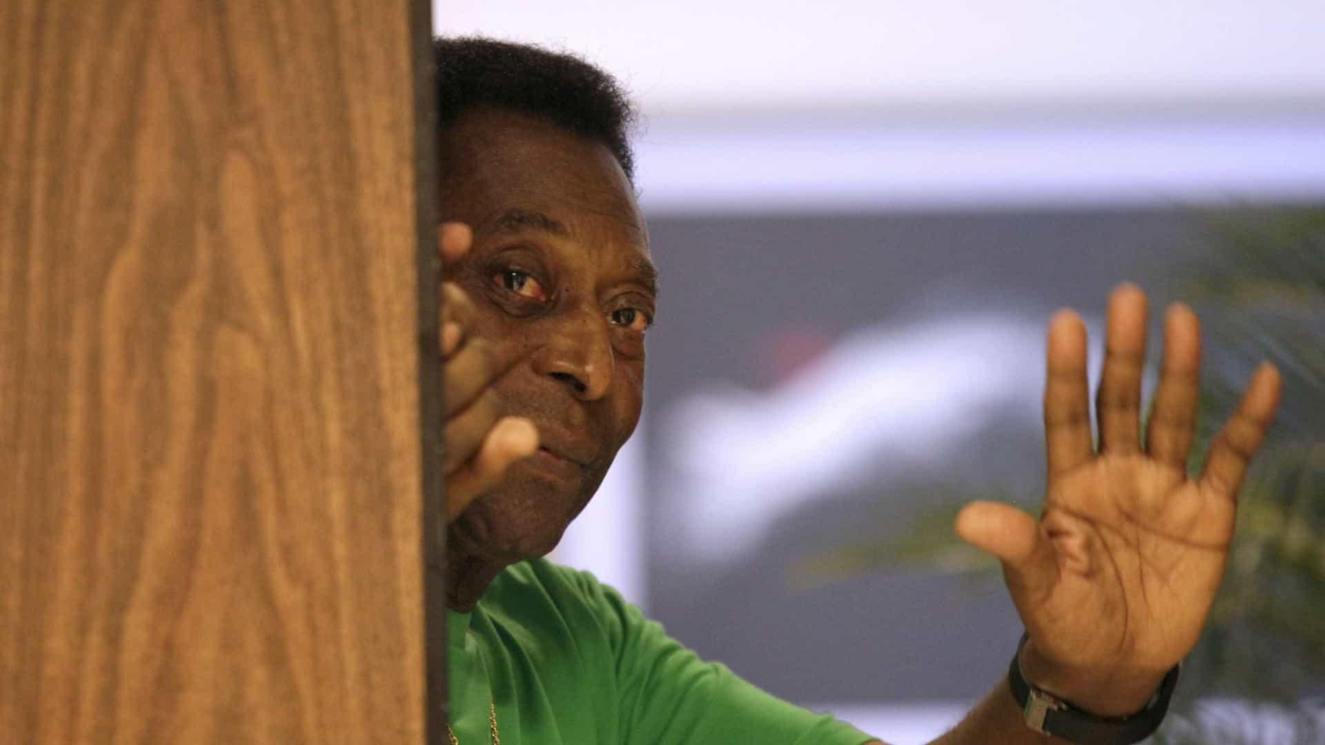 naom 556ec645e857c - Pelé nega depressão e diz que título do Palmeiras 'não é mundial'