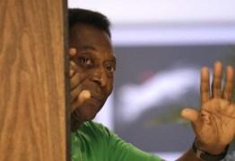 Pelé nega depressão e diz que título do Palmeiras 'não é mundial'