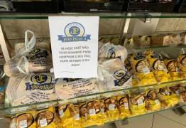 EM CAMPINA GRANDE: Padaria distribui pães para quem está sem trabalhar durante pandemia