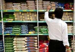 Sindicato pede medidas de proteção a funcionários de supermercados