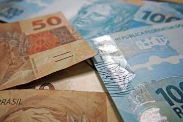 13984227682 2db05289e3 b - Auxílio emergencial de R$ 600 começa a ser pago hoje para clientes da Caixa e do BB