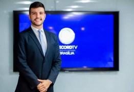 Matheus Ribeiro o âncora homossexual ex-globo é o novo contratado da Record