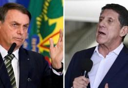 Bolsonaro acusa médicos de omitirem tratamento com cloroquina por motivações políticas
