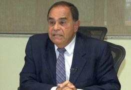 Ministro do STJ afasta do cargo o desembargador paraibano de Cajazeiras Siro Darlan, do TJRJ