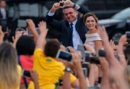 VEJA NÚMEROS: Bolsonaro é bem avaliado entre os mais pobres e perde apoio dos ricos, mostra pesquisa