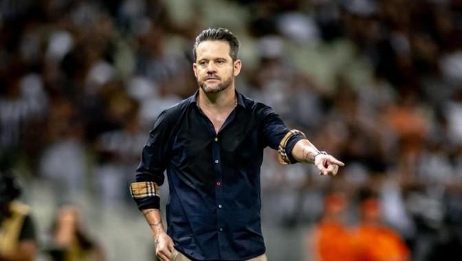 Argel - Dirigente do Bota-PB nega interesse em ex-treinador de Ceará e Campinense