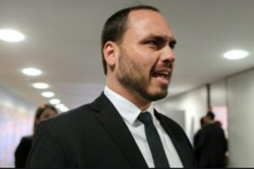 Carlos Bolsonaro ataca governo da Paraíba e reproduz fake news sobre verba utilizada para combate ao covid-19