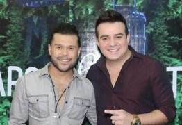 ANIMANDO A QUARENTENA: Veja ao vivo a live com show de Marcos & Belluti