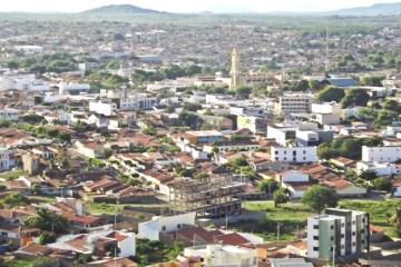 cajazeiras - Em novo decreto, Cajazeiras determina toque de recolher e limita funcionamento de bares - VEJA MEDIDAS