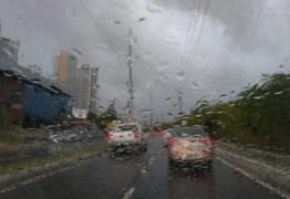 Inmet emite alertas de chuvas para todas as cidades da Paraíba