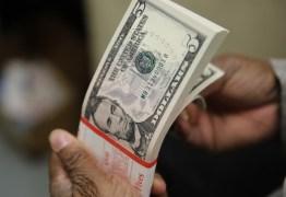 RELAXAMENTO DA QUARENTENA: dólar tem maior queda diária em dois anos e fecha em R$ 5,51