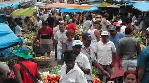 download 2 - QUEBRANDO AS REGRAS: Mesmo com recomendação de isolamento comerciantes movimentam feira em Campina Grande; VEJA VÍDEO