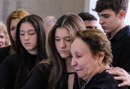 Batalha por herança deixada por Gugu Liberato atinge psicológico dos filhos do apresentador