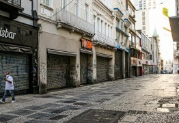 Médicos preveem que Brasil não volta ao 'normal' antes de agosto