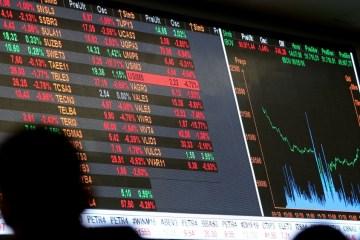 ibovespa - Dólar cai a R$ 5,26 e Bovespa sobe acompanhando o exterior