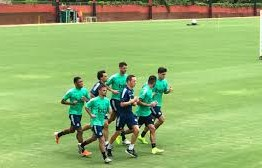 Flamengo vai transmitir treinos de seus atletas em casa durante a quarentena