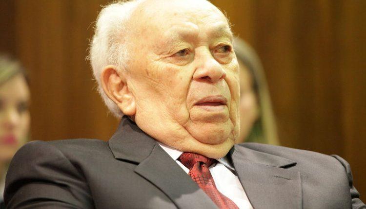 joao claudino 750x430 1 - Aos 89 anos, morre em Teresina empresário João Claudino Fernandes, fundador do Armazém Paraíba