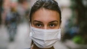 mascara 300x169 - OMS explica: como colocar, usar, tirar e descartar a máscara?