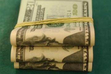 mca abr 10071918656 - Dólar sobe pela quinta vez seguida e aproxima-se de R$ 5,27
