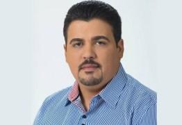 R$ 300 MIL: após repercussão negativa, prefeito de Aroeiras anula compra de 7 mil livros sobre o coronavírus