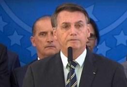 'É prerrogativa do presidente trocar diretor da PF', diz Bolsonaro; cidades registram panelaço; VEJA VÍDEO