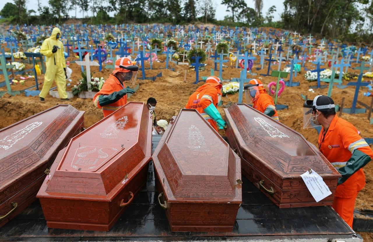 000 1r17a2 b 1 - CORONAVÍRUS: Brasil registra 396 mortes e mais 5,6 mil casos em 24 horas