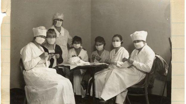 112206817 foto5 californiahistoryroomcaliforniastatelibrarysacramento - O que era a 'Liga Anti-Máscara', que protestava contra restrições na gripe espanhola - Por Alessandra Corrêa