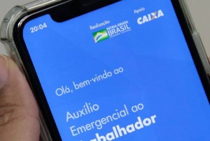 1 lancamento do aplicativo caixa auxilio emergencial 0407201848 16627533 300x201 - Auxílio emergencial poderá durar mais que três meses, diz secretário