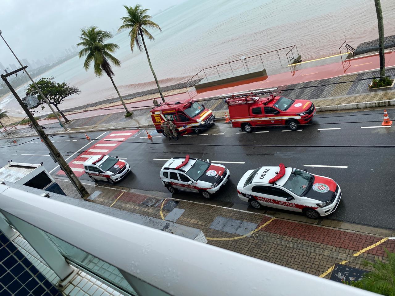 3a615e18 e0ba 4bbd a6c7 39885cc48b2f - 12 HORAS DE NEGOCIAÇÃO: mulher entrega arma à polícia e recebe atendimento médico em João Pessoa