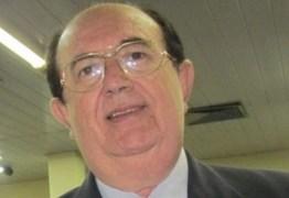 Ex-prefeito de Patos, Dinaldo Wanderley, testa positivo para o novo coronavírus