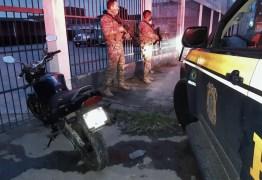 Mecânico embriagado pega moto de cliente sem autorização, foge da polícia e é preso pela PRF – VEJA VÍDEO