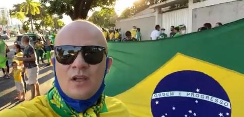 Cabo Gilberto - Deputado estadual participa de ato em apoio a Bolsonaro e cita 'respeito à Constituição'; VEJA VÍDEO
